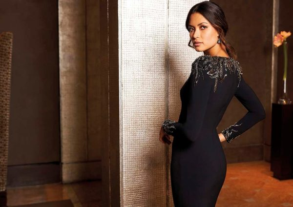 Mermaid dress with V-neck and long sleeves.JPG